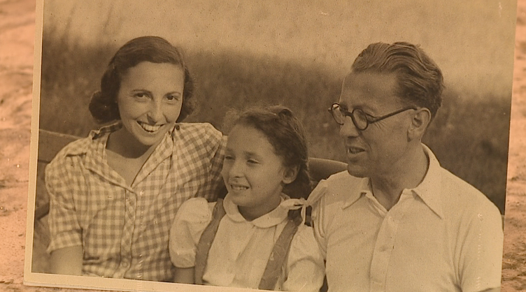 Judy Jacobs and parents