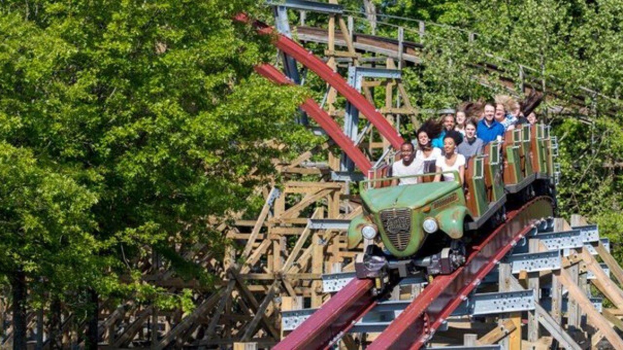 Kings Dominion offering free admission for teachers, schoolstaff