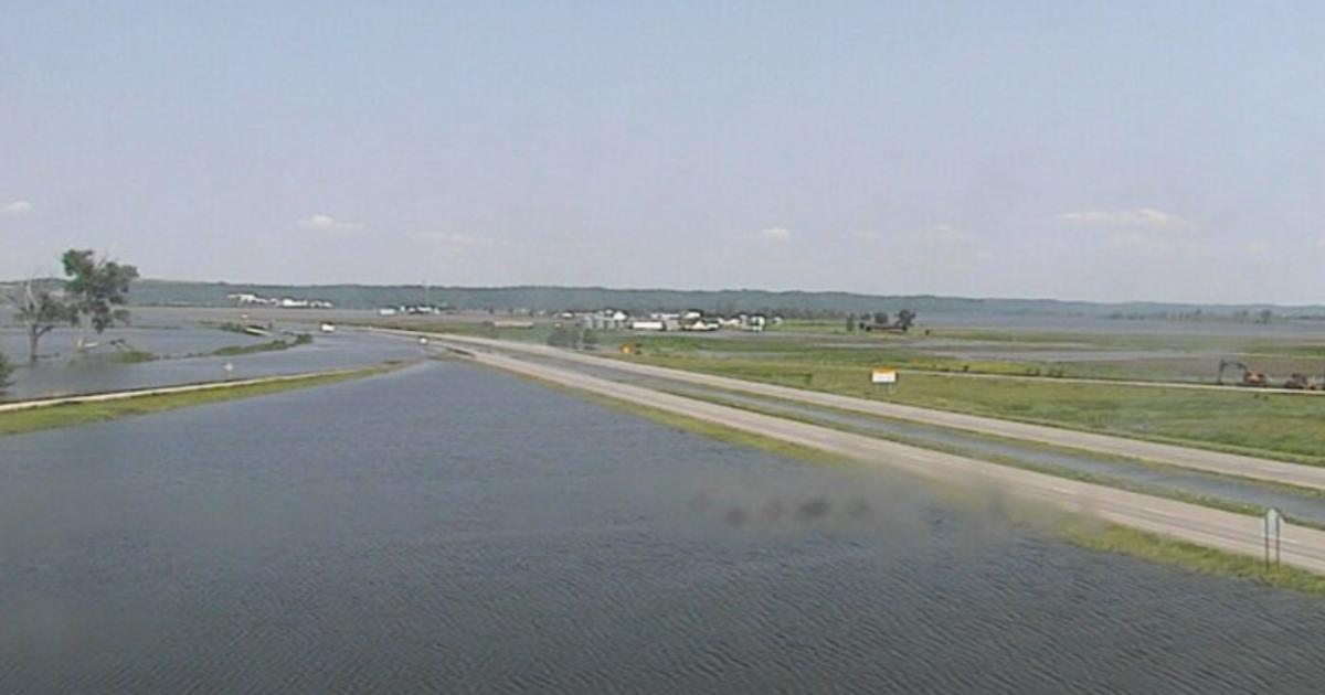 Flooding closes I-680 eastbound into Iowa