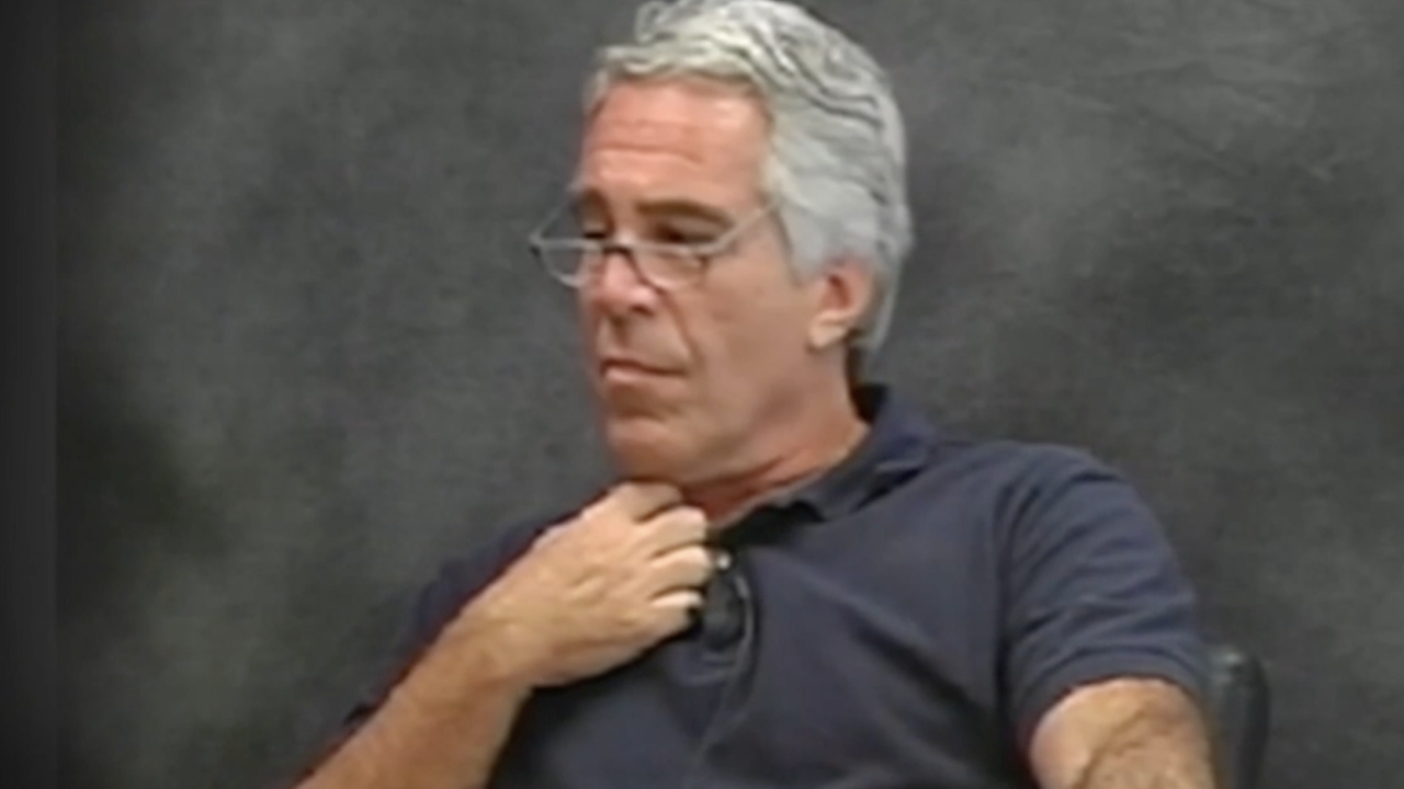 Report: Jeffrey Epstein signs will 2 days before death
