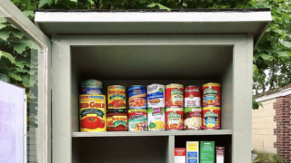 People Are Filling Their Local Little Free Libraries With Food Donations During Coronavirus