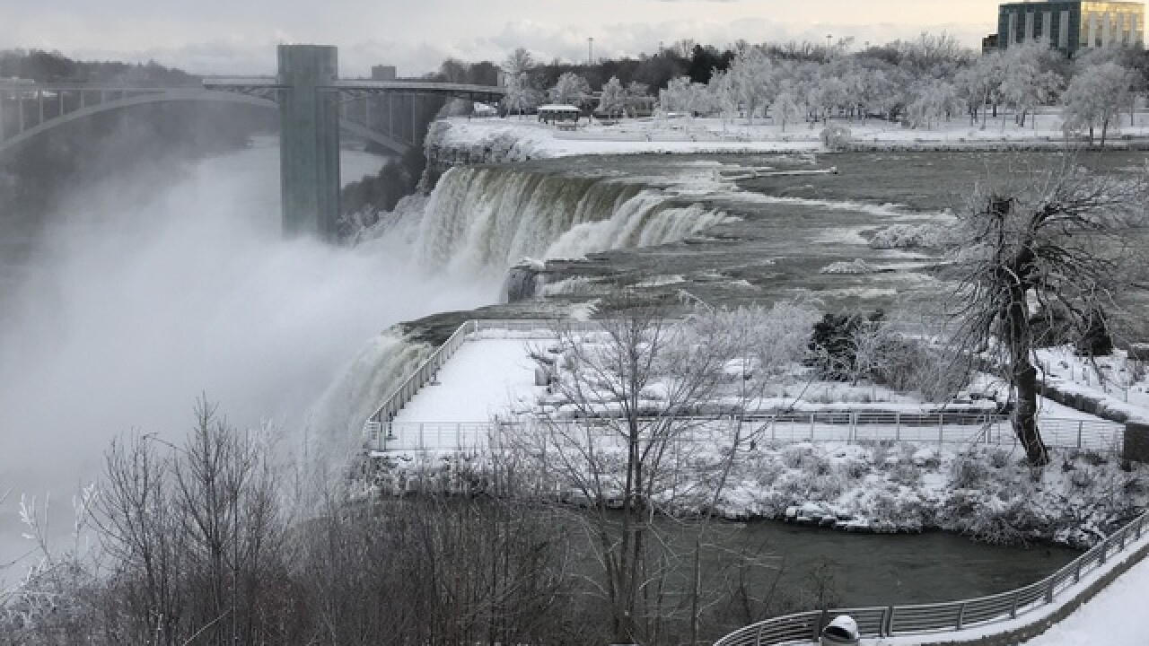 Nature gives Niagara Falls an icy new look