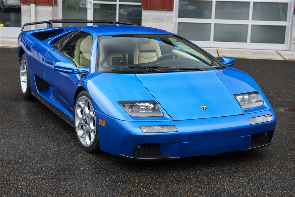 2001 Lamborghini Diablo VT 1.jpg