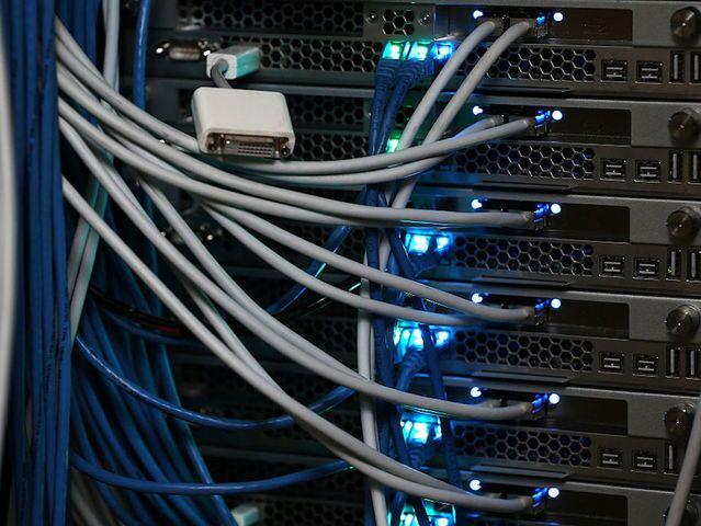 Net neutrality vote's major players