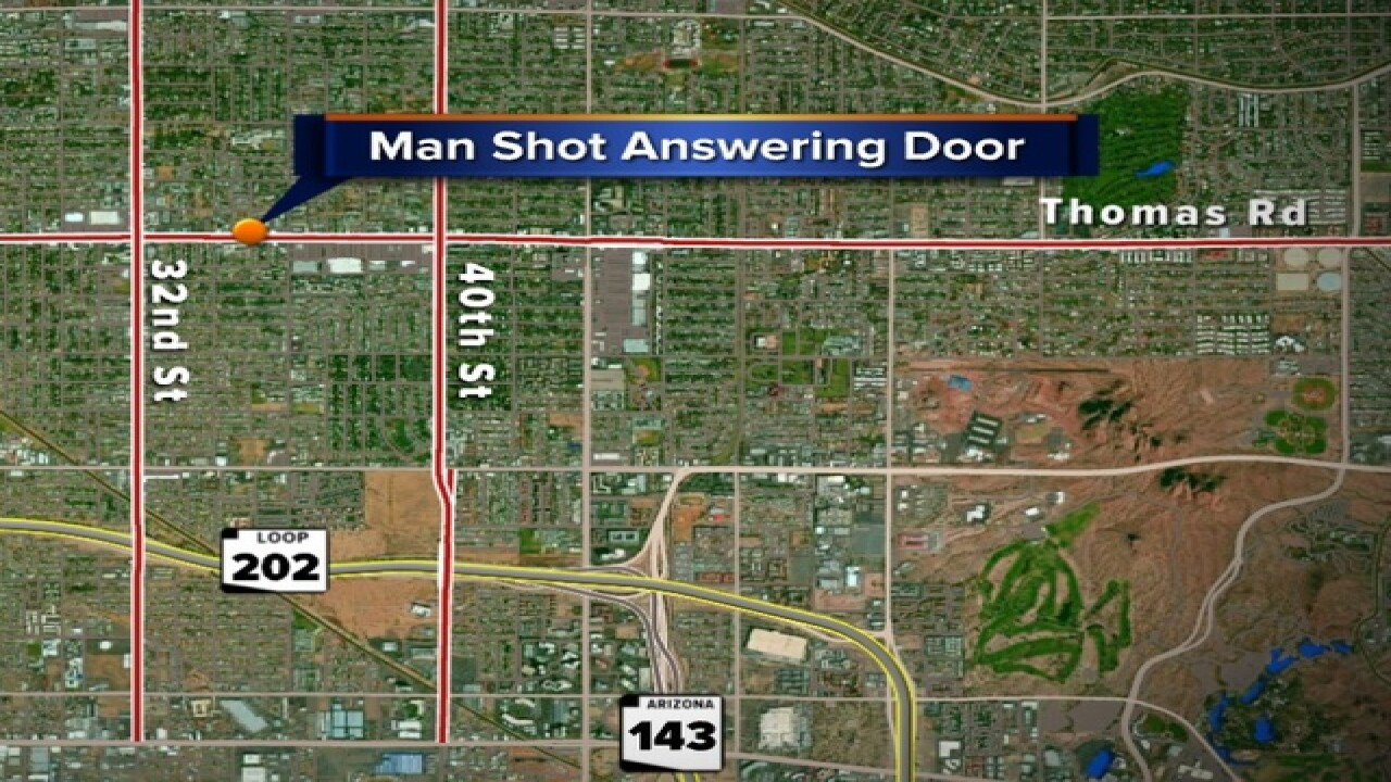 Phoenix man shot by break-in suspects