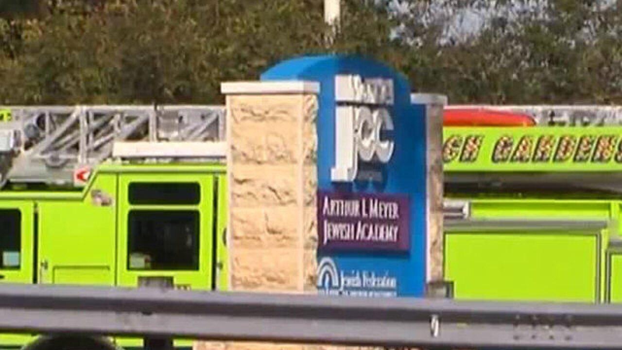 Bomb scare at Jewish Community Center