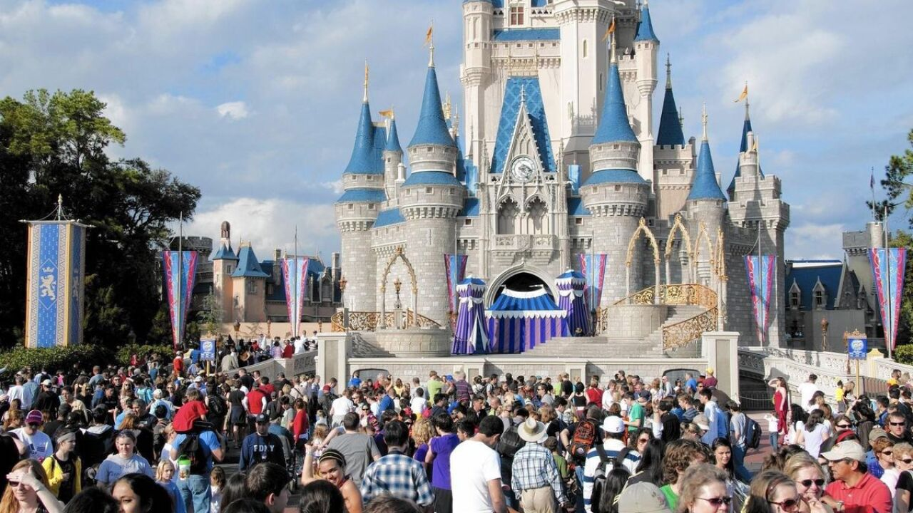 Disney World to extend hours Halloween weekend, Thanksgiving week