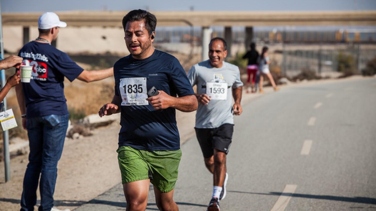 Photos: Bakersfield Marathon Mile 10 and Mile 23