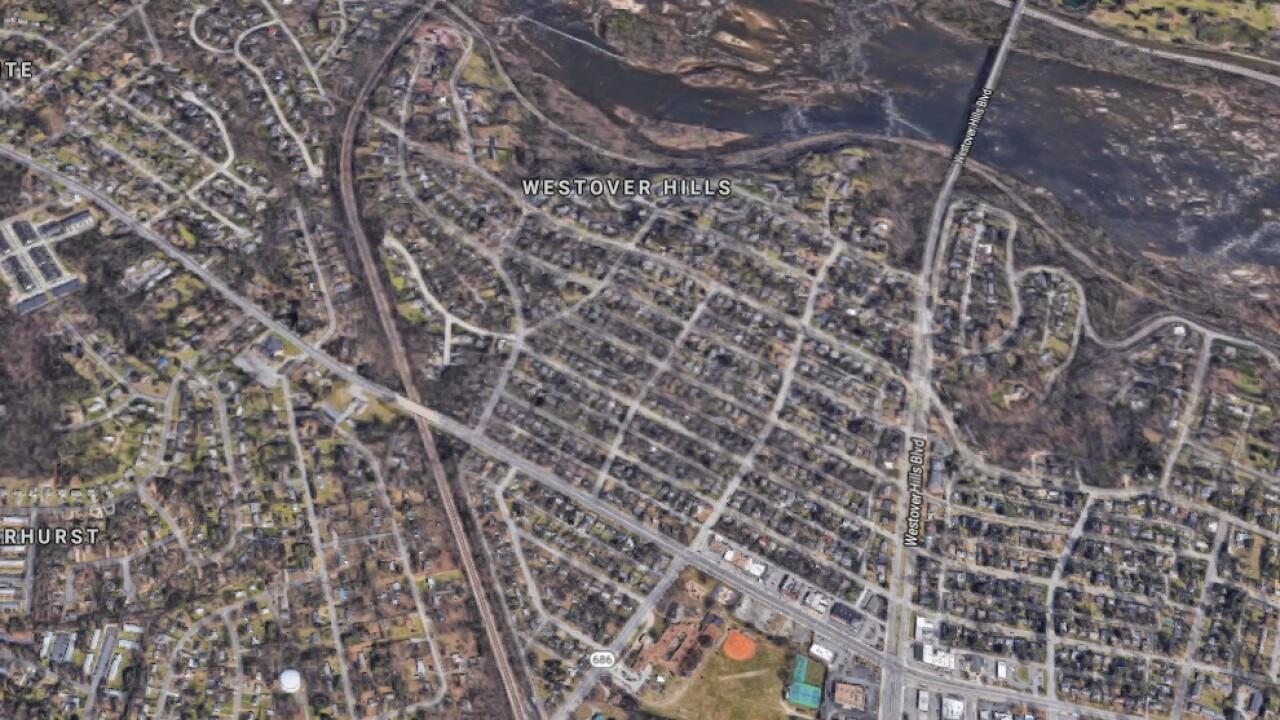 Thief grabs $7,000 in loot from car in Richmondneighborhood