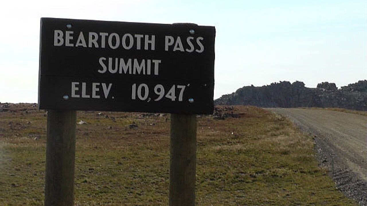 Beartooth Pass is closed at the state line