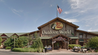 Bass Pro Shops Independence.png