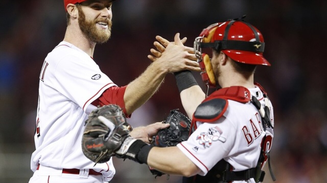 Reds win, end bullpen's historic bad streak