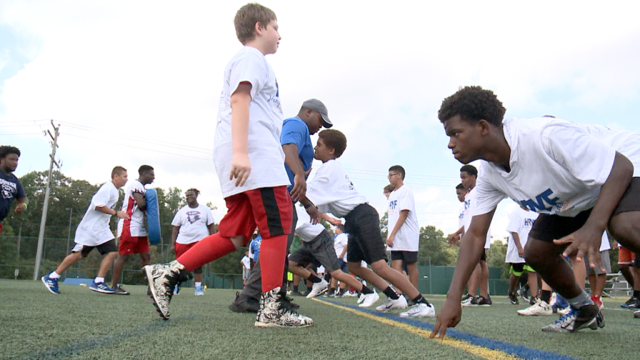 Hampton Roads Youth Foundation pushes campers to think outside the hashmarks