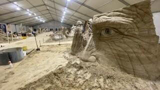 sand sculpting.jpg