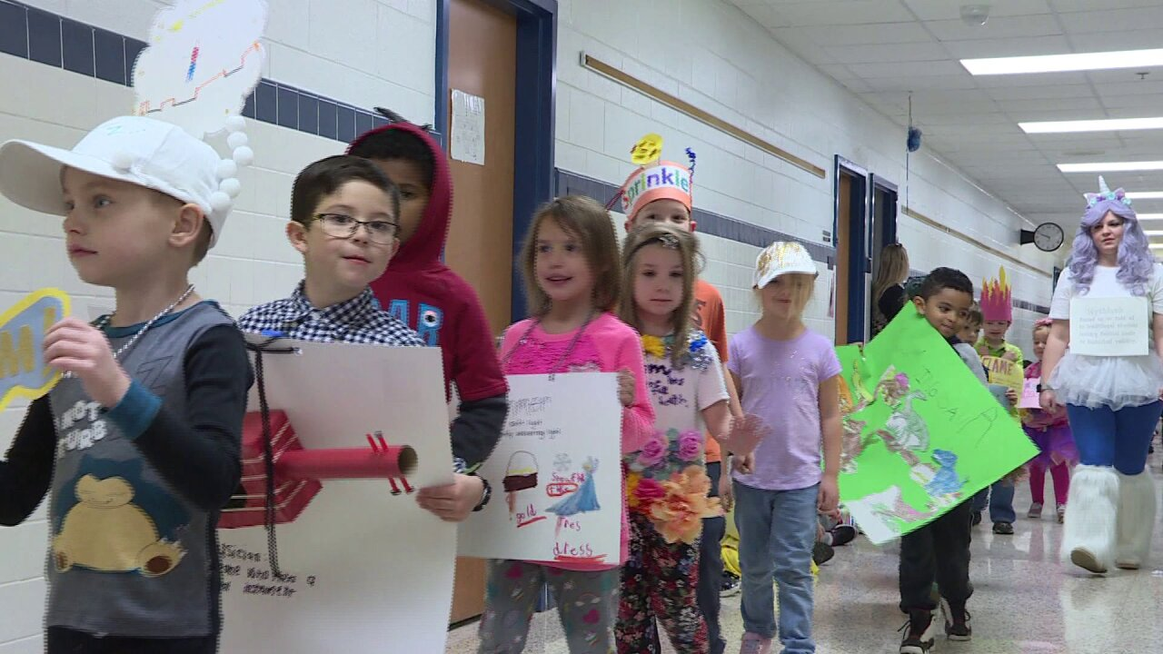 Watch: Virginia Beach school puts on 'vocabulary parade' to bring literacy to life