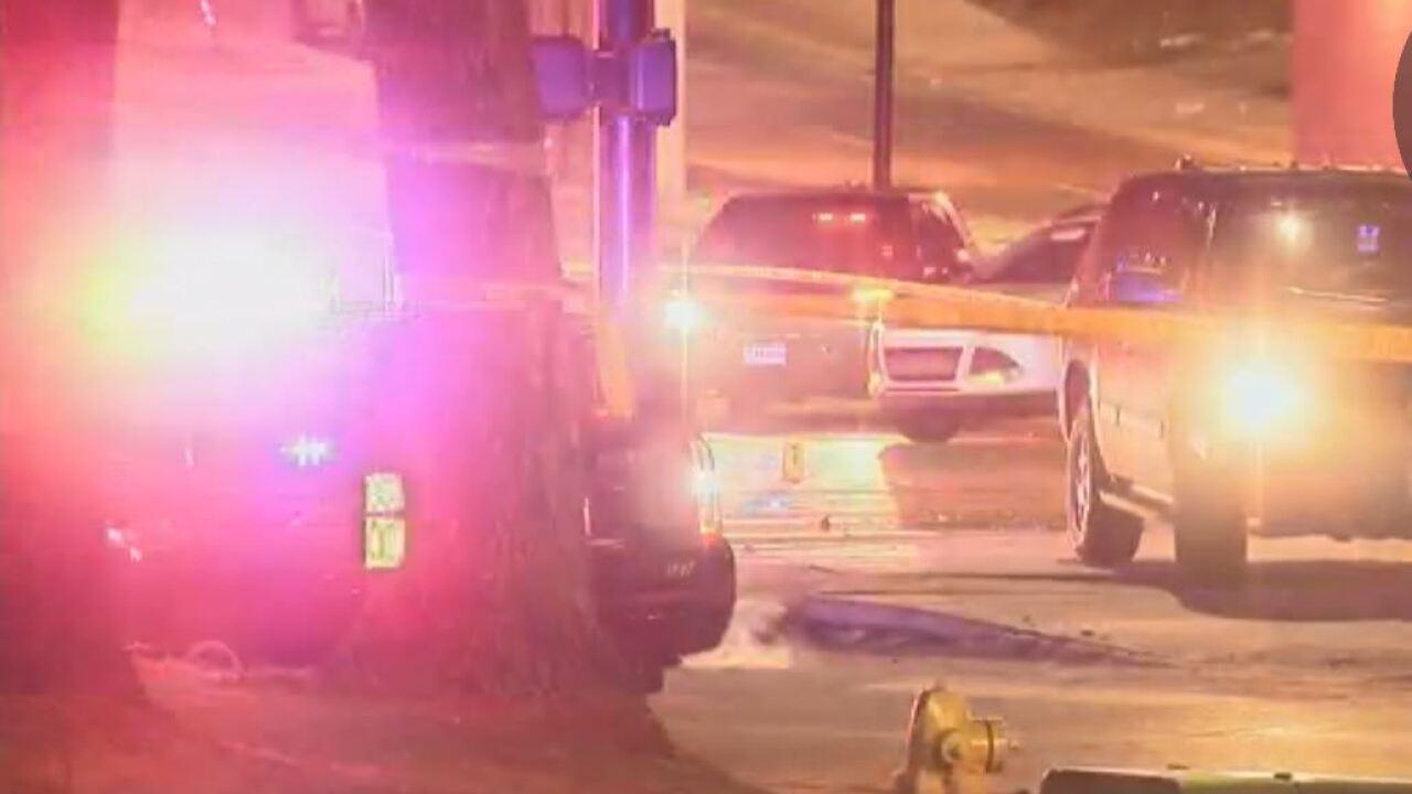 Crash closes S Santa Fe Drive and West Mineral Ave.