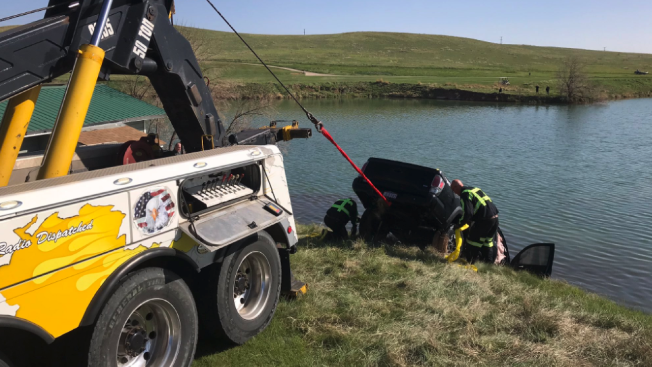 Stolen vehicle into lake_May 7 2020