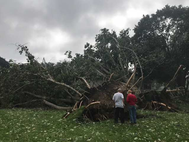 Wisconsin cleans-up following tornadoes, flooding [PHOTOS]