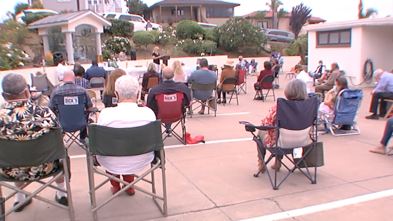 Churches hold Sunday services outdoors
