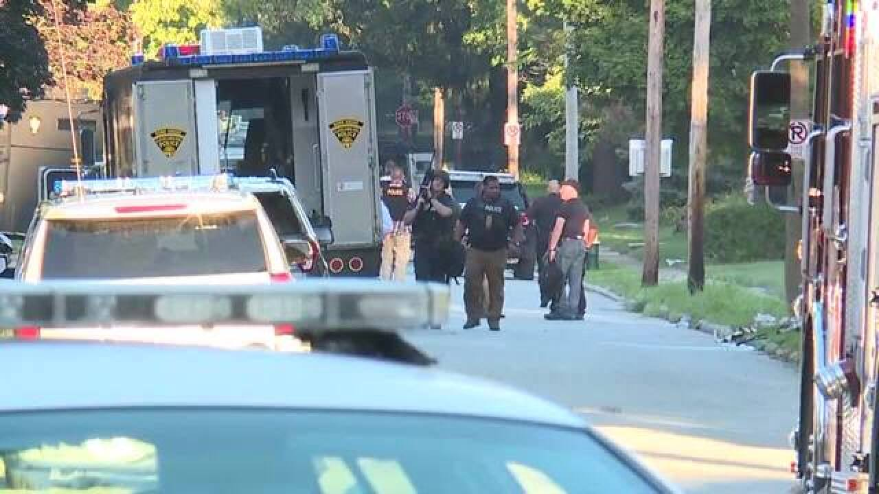 2 found dead after SWAT standoff in S. Euclid