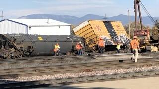 Rail cars containing liquid propane derail in Helena