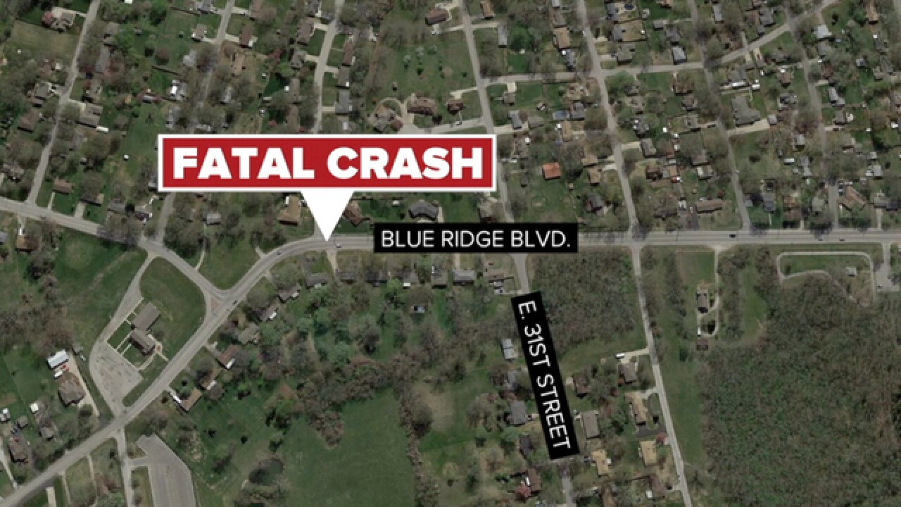 1 dead in Independence single-car crash