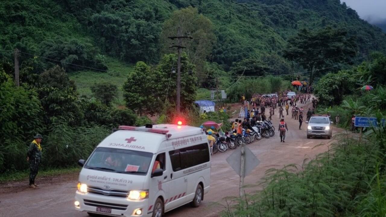 Thai rescue mission to save boys, coach underway