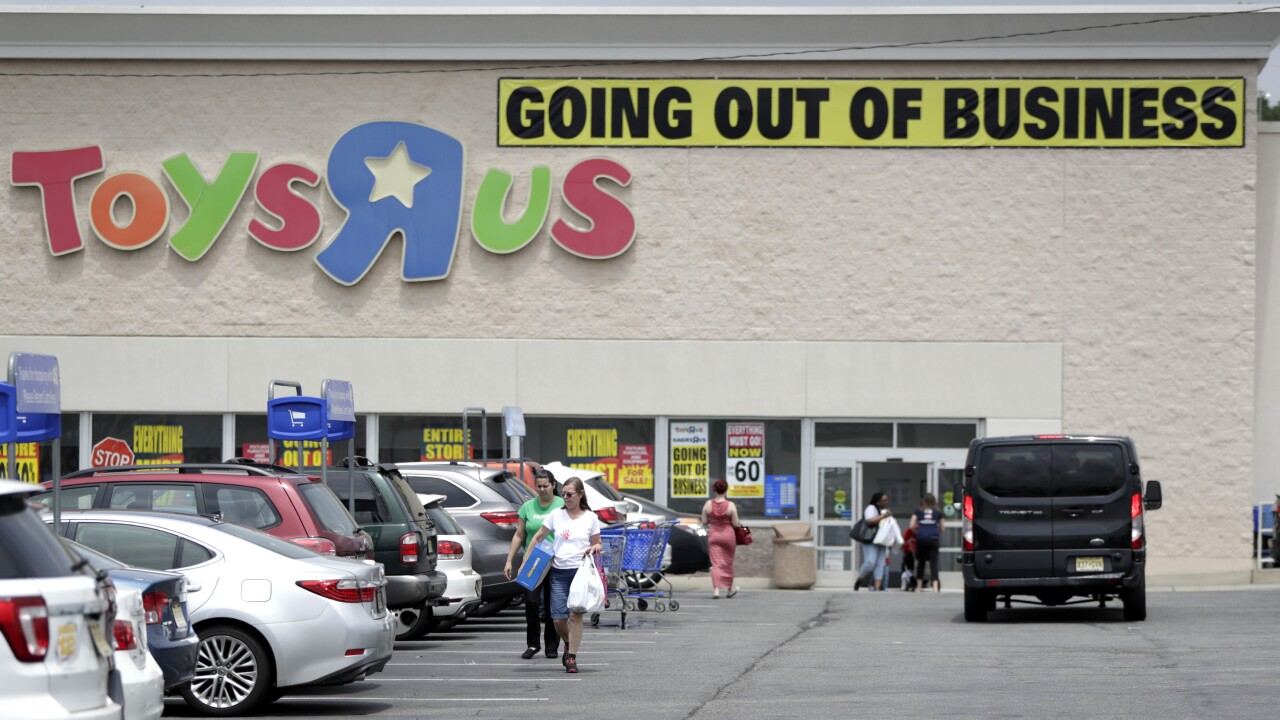 Toys R Us Closing 012220