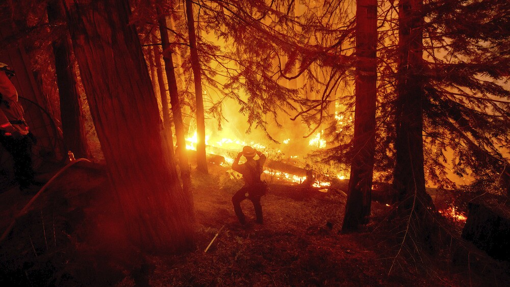 Dozens of hikes still trapped by Creek Fire, conditions making rescue efforts difficult