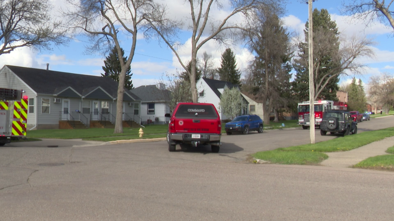 Residents displaced after house fire in Great Falls