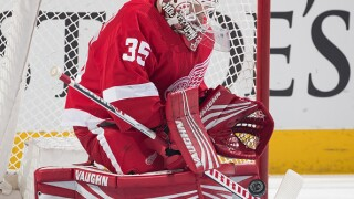 Red Wings assign Jimmy Howard to Grand Rapids for condition, bring up Lashoff