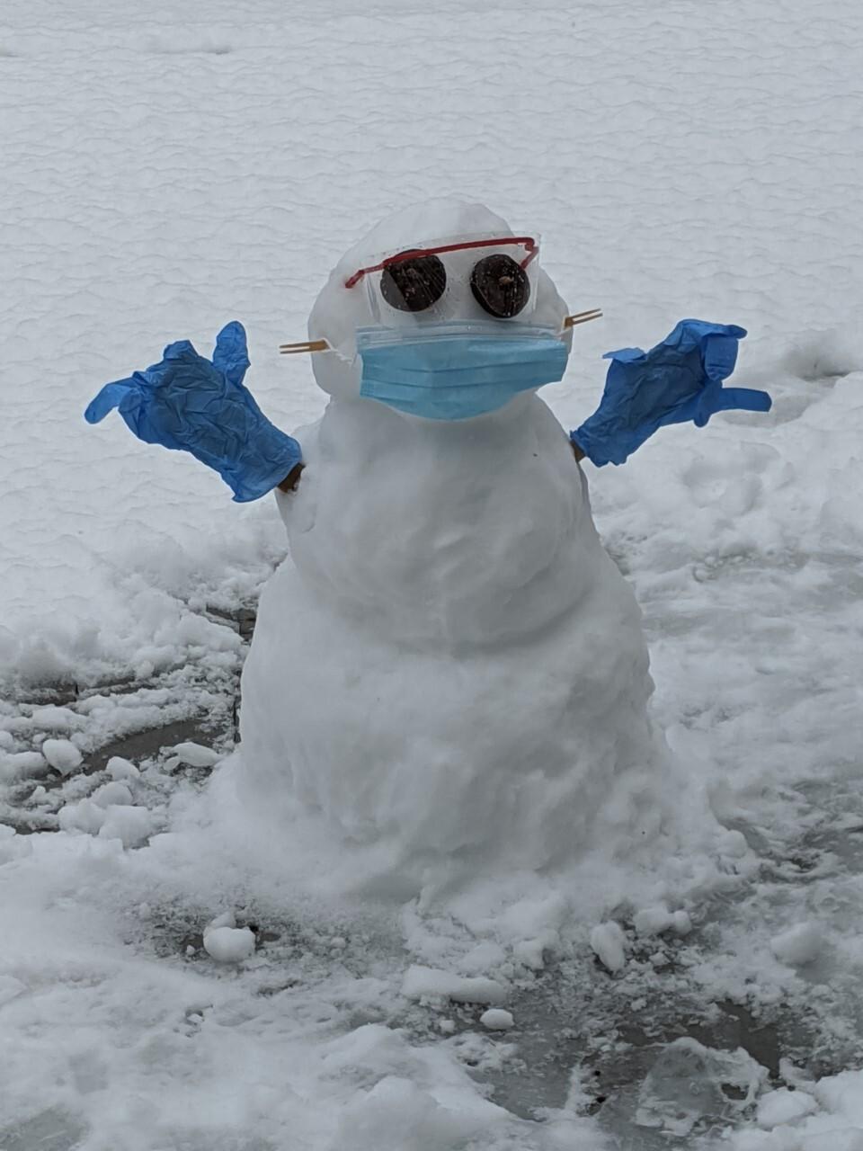 COVID snowman Midlothian Hazel.jpg