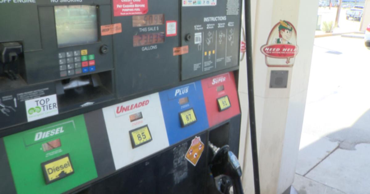 Ex-legislative leaders: Hike fuel taxes 47 cents to fix