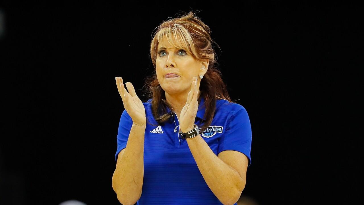 Live on News 3: Hall of Famer, ODU women's hoops legend Nancy Lieberman coaches inBIG3