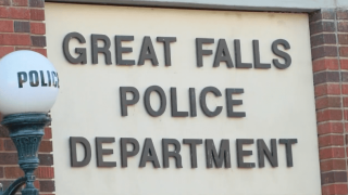 Man facing burglary charge after breaking window at GFPD