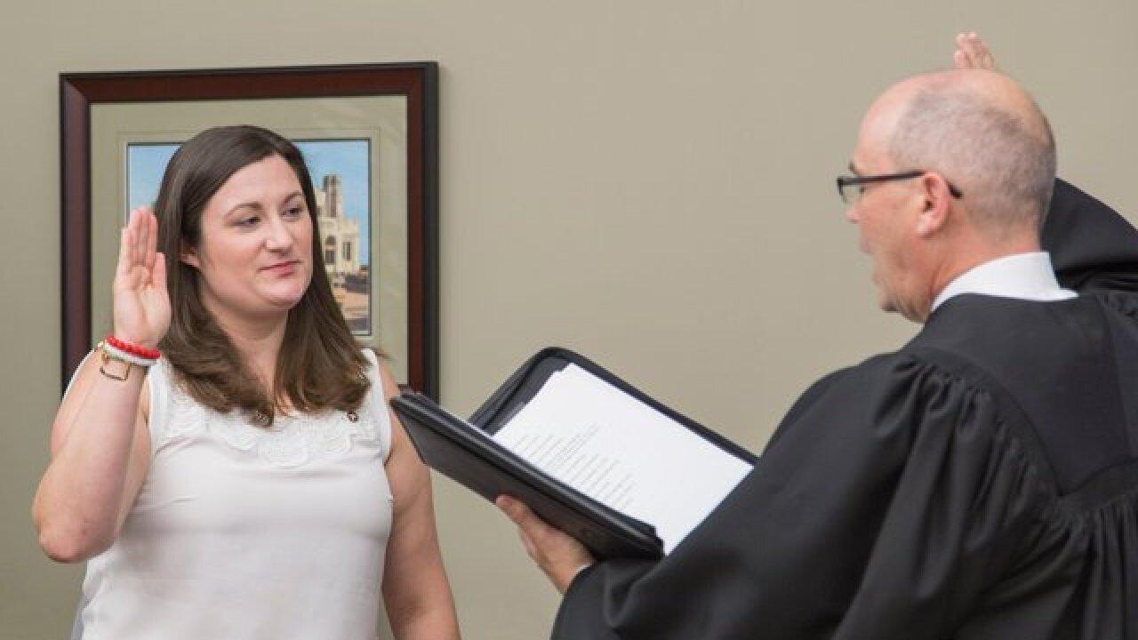 Two interim city councilors sworn-in