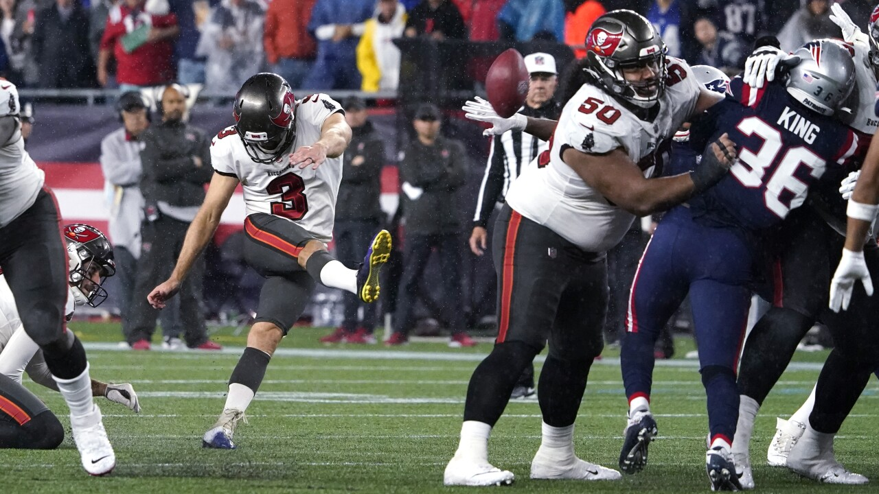 Tampa Bay Buccaneers kicker Ryan Succop makes FG late in fourth quarter at New England Patriots in 2021