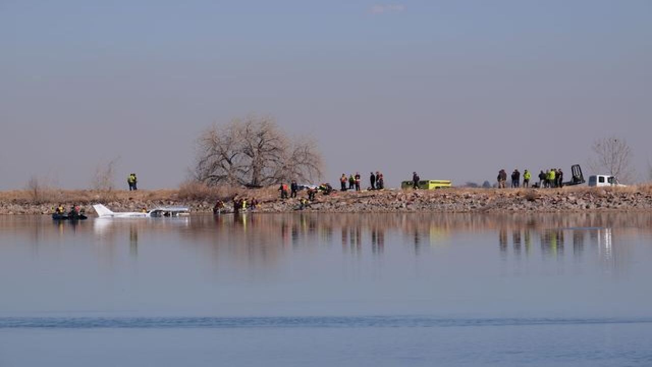 2 in plane that crashed into Culver Reservoir