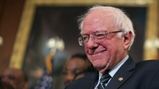 Bernie Sanders still dominates 2020fundraising