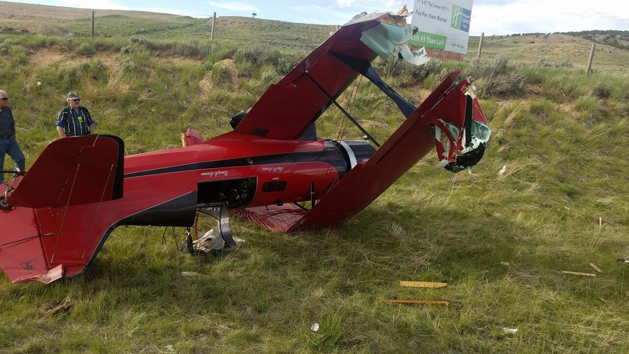 Airplane bound for Utah clips semi while attempting emergency landing on I-80 in Wyoming