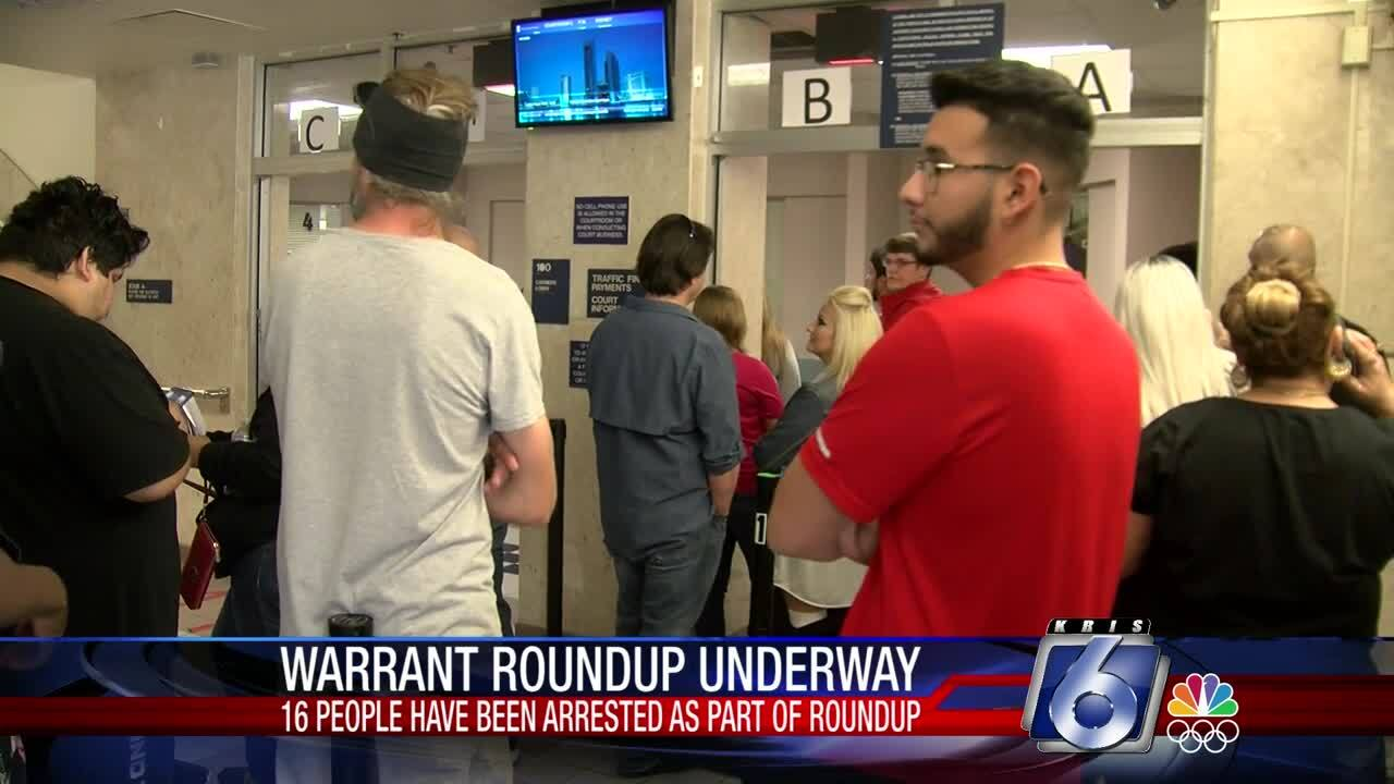 The Great Texas Warrant Roundup