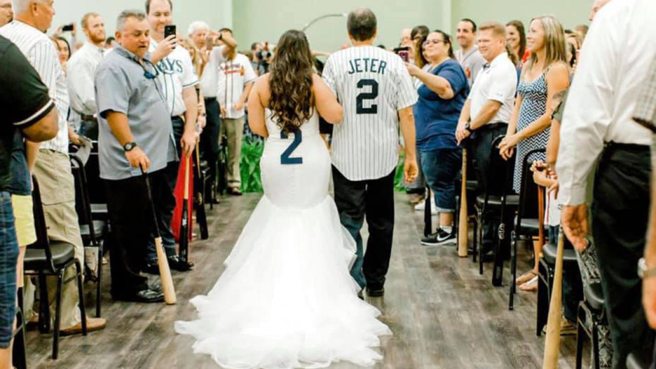 baseball-wedding4.png
