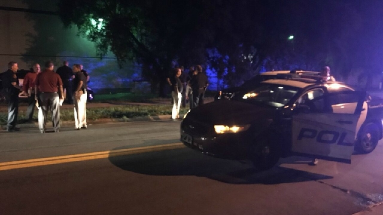 Officer shoots armed carjacker in Lakeland