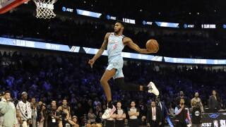 Miami's Derrick Jones Jr. wins slam dunk contest