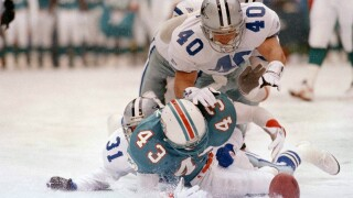 Terry Kirby, Brock Marion, Bill Bates, Leon Lett, Miami Dolphins at Dallas Cowboys on Thanksgiving in 1993