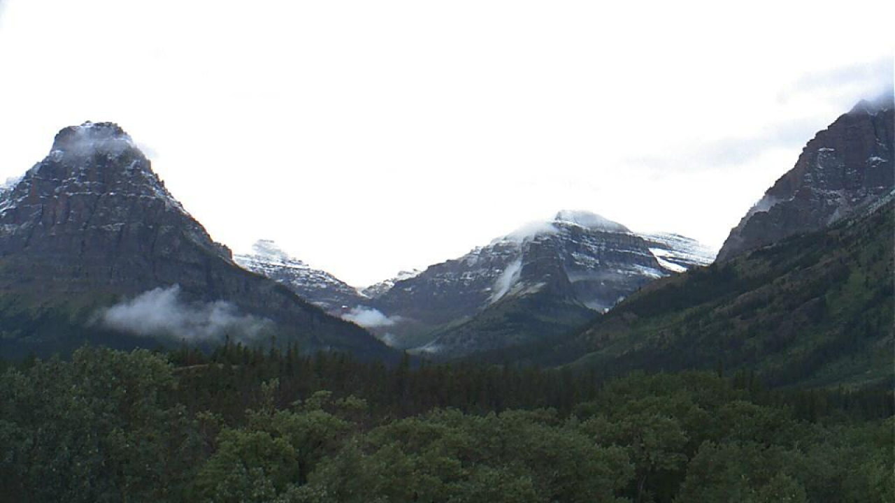 Glaicer National Park sees snow in August