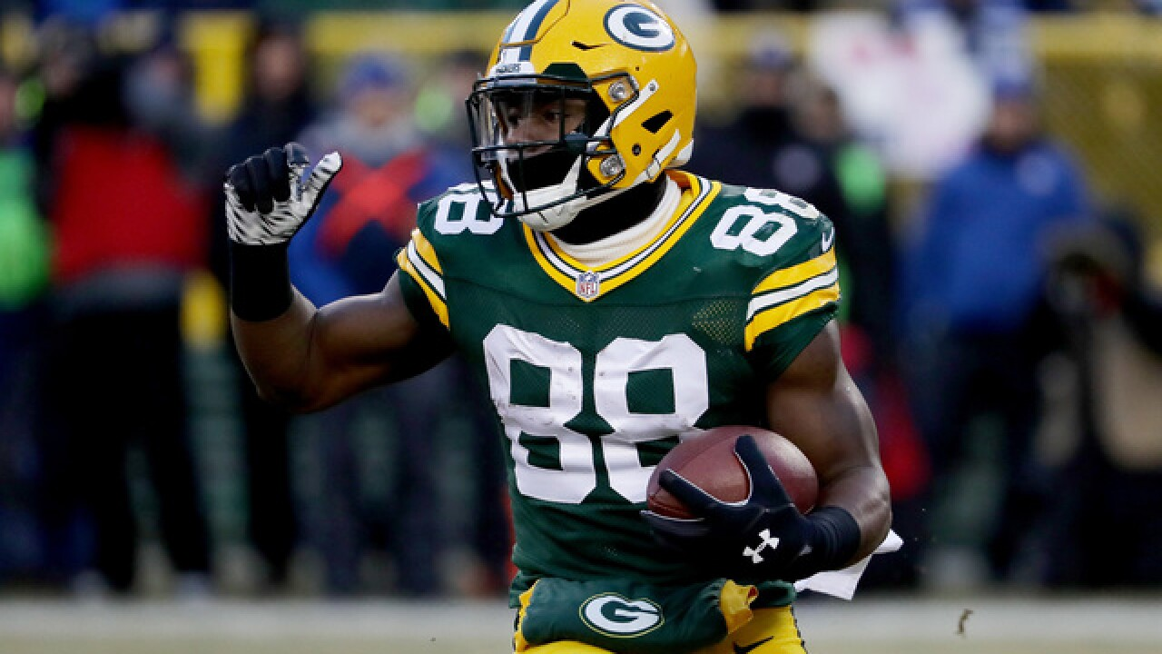 Packers' Ty Montgomery will remain at running back next year, switch uniform number