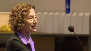 Elaine_Fink_at_podium.jpg