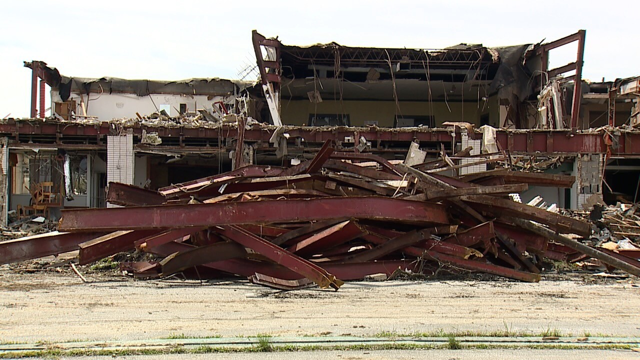 travelodge demolition 1.jpg