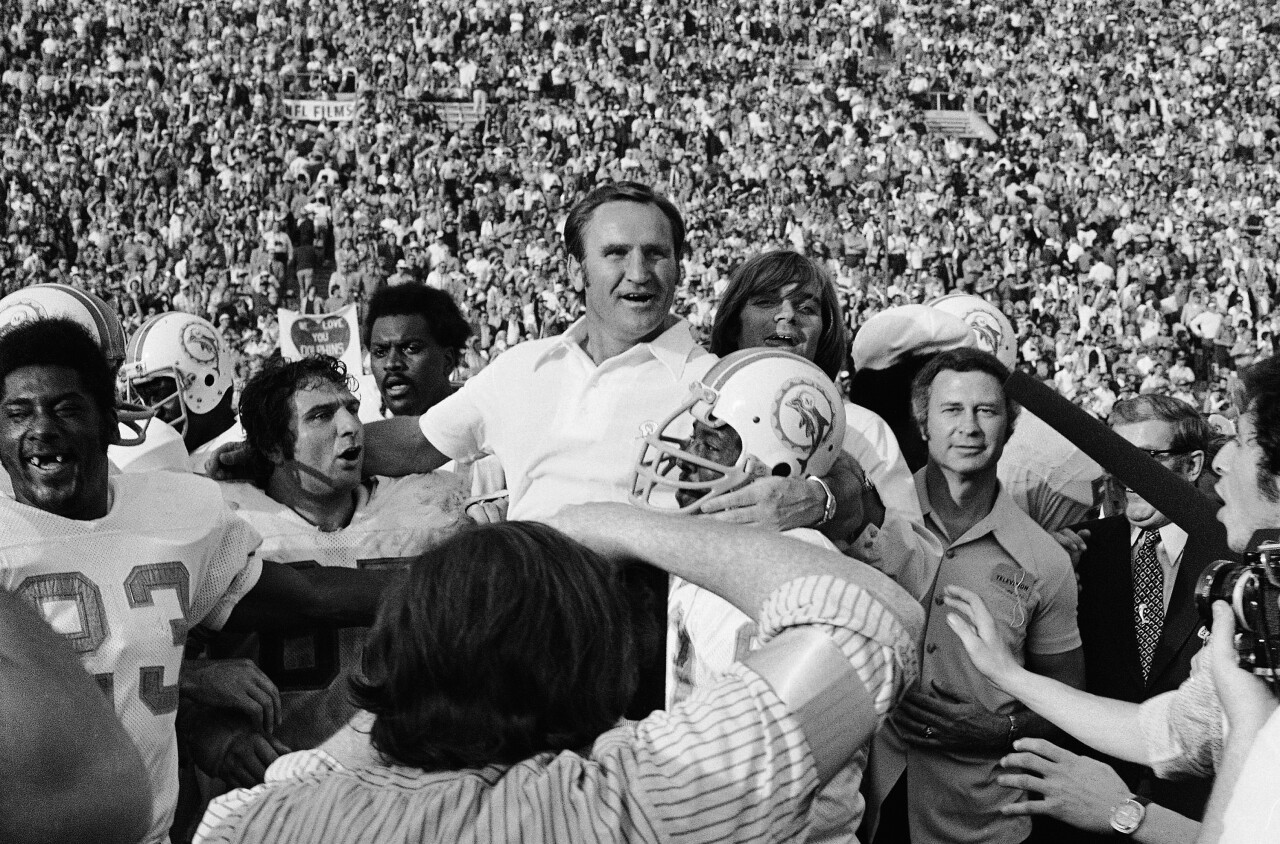 Don Shula held up by players after winning Super Bowl VII in 1973